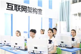 互联网人才成招聘会热门,学专业互联网技术前程似锦